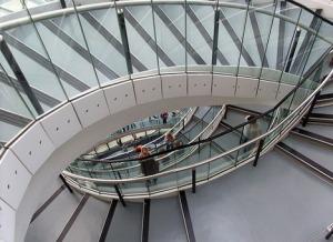 asymmetrical-modern-spiral-staircase
